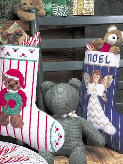 christmas stockings - plastic canvas