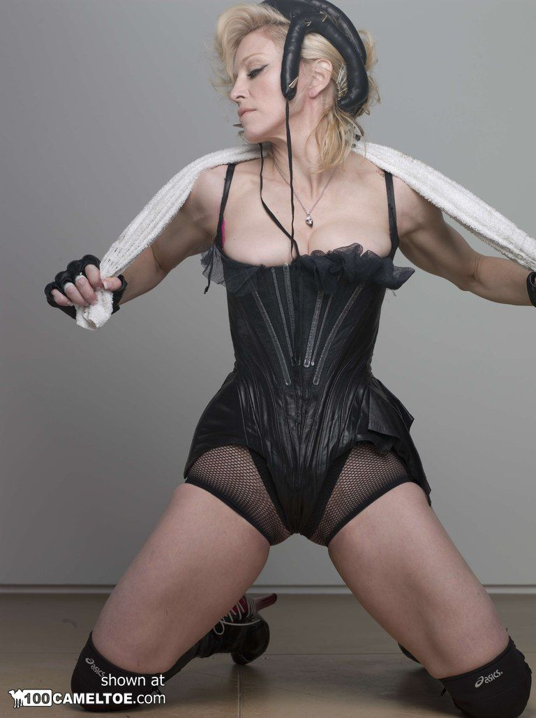 Celebrity free nude photo upskirt