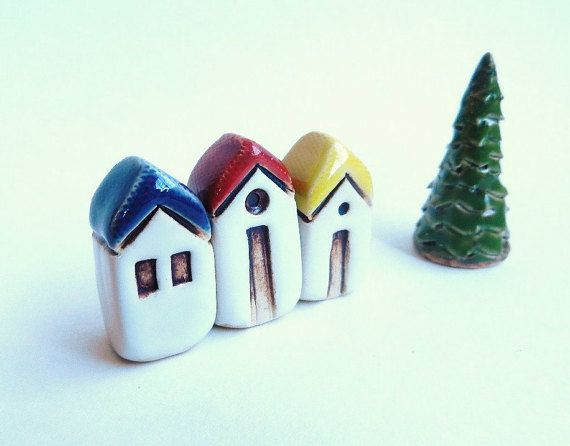 Ceramic Miniatures  Set of 3 houses and tree by potteryhearts