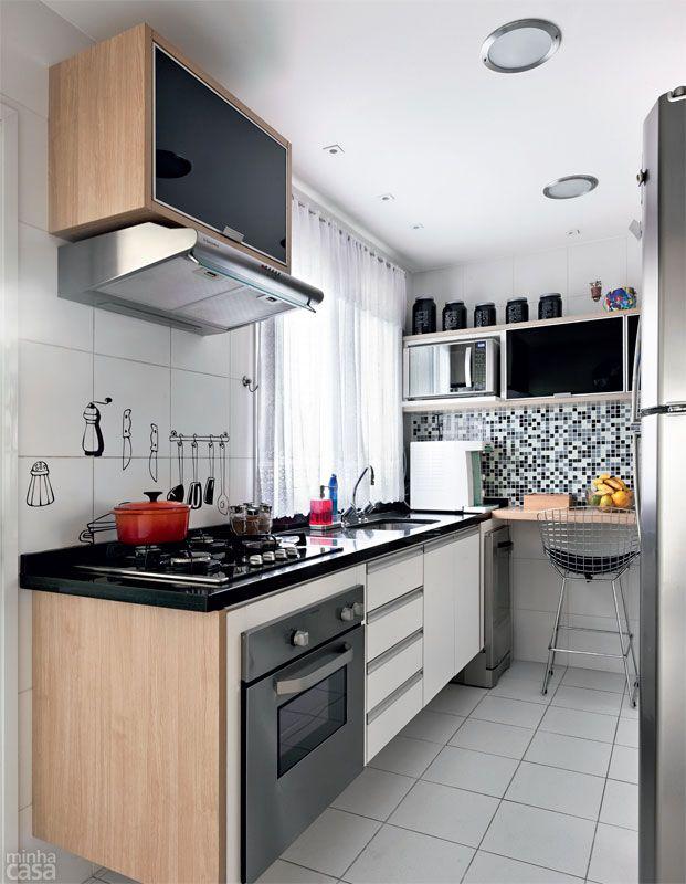 Apartamento de 105 m² é repleto de cores e arranjos de parede ...