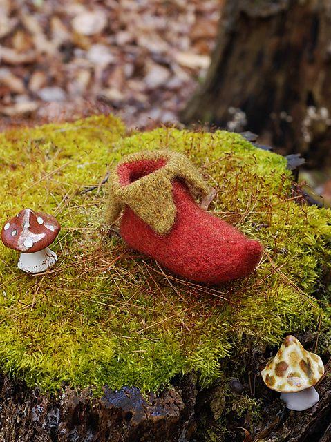 Ravelry: Elf Shoes free pattern by pamela wynne, would be ...
