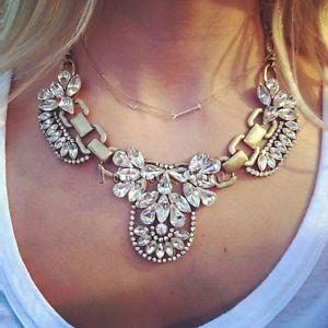 Women Metallic Gold Chain Floral Crystal Gemstone Diamante Pendant Bib Necklace
