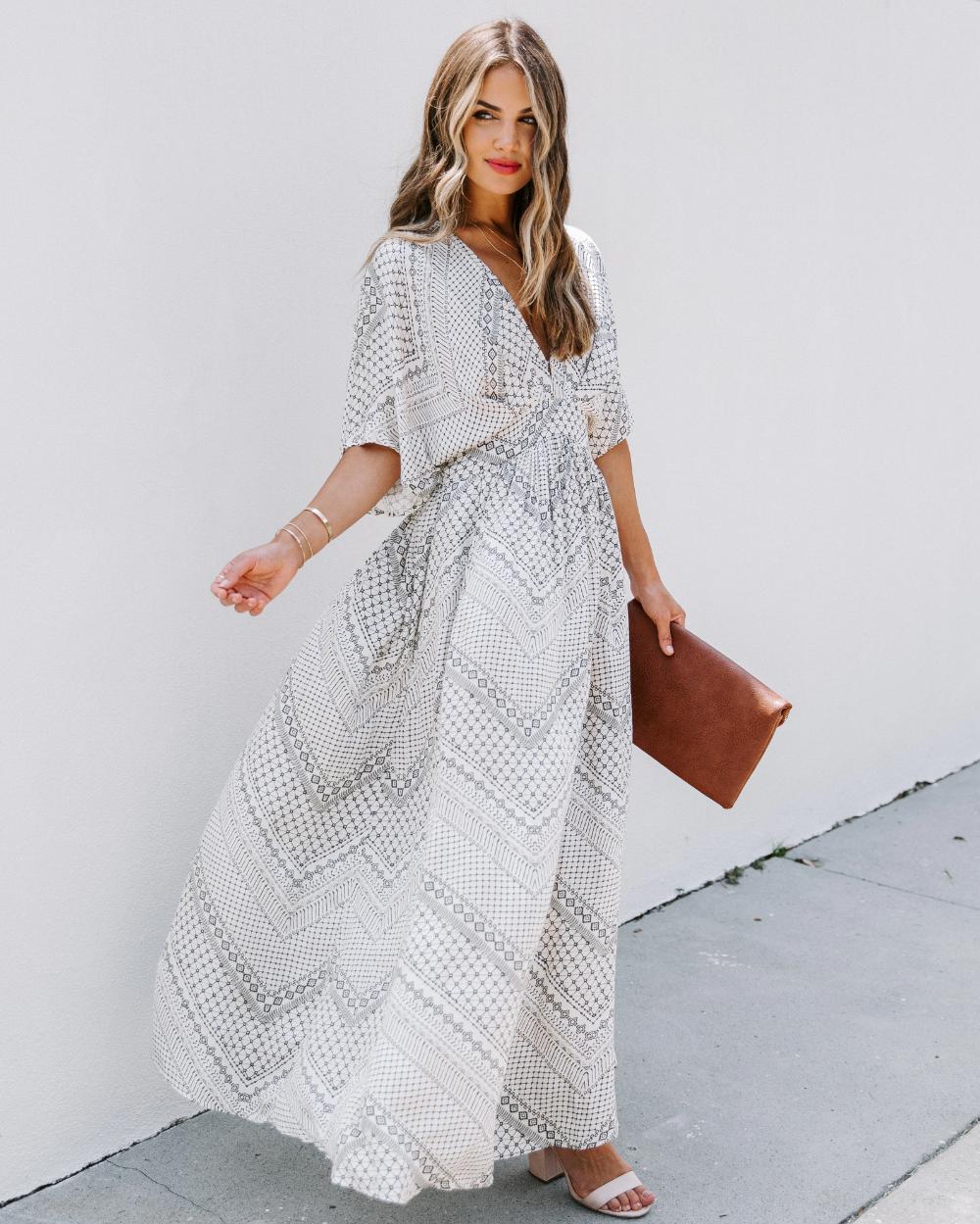 Sloan Pocketed Kimono Maxi Dress Vici Kimono Maxi Dress Maxi Dress Maxi [ 1249 x 1000 Pixel ]