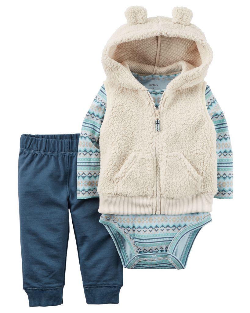 3468f701c53094 Conjunto de inverno Carters para bebê menino Colete em pelúcia bege ...