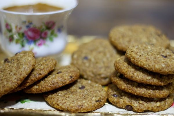 chocolate chip cookies – to cure your cravings.  Add this recipe to your holiday baking line up!  Perfect for friends with special diets and/or healthy lifestyles.  #glutenfree #vegan #naturallysweet