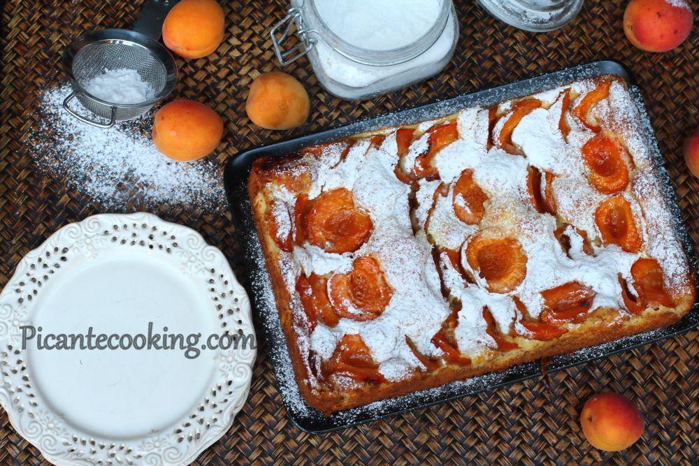 Очень простой и быстрый в приготовлении пирог из творога с ...