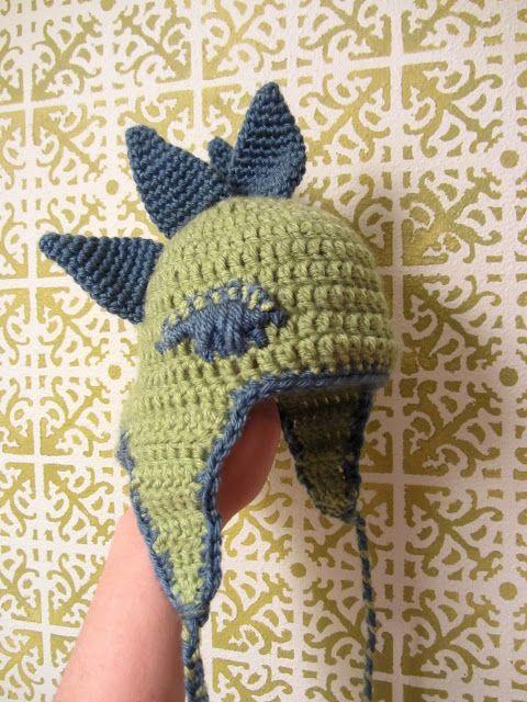 Stegosaurus Earflap Hat free pattern | Crochet Hats | Pinterest