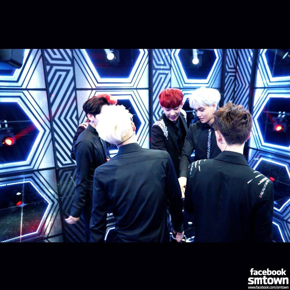 So my fellow Exo fans~what is your favorite song off of the Overdose album? Mine is Thunder ^^