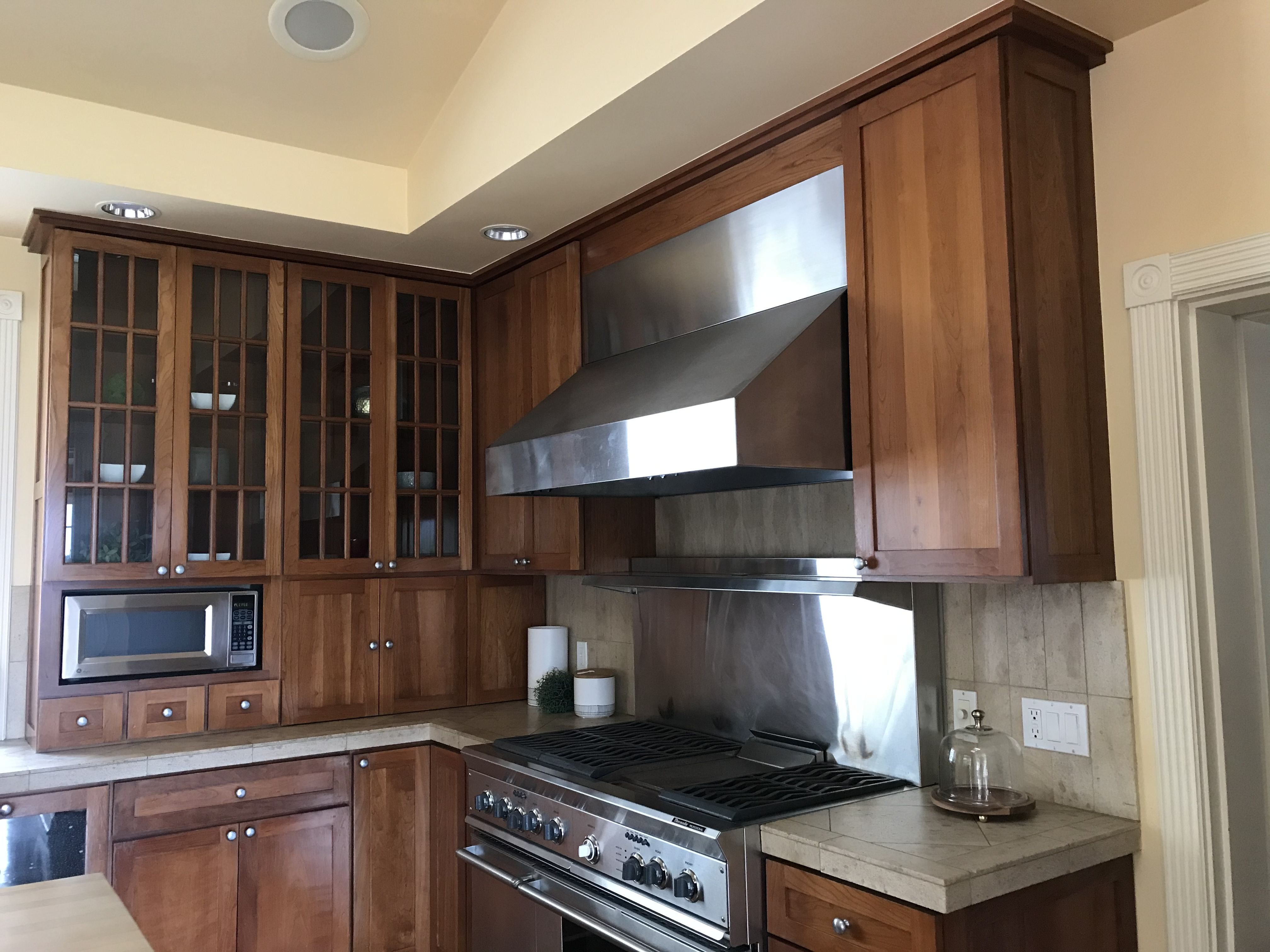 Pin By Anew On Santa Barbara In 2020 Home Home Decor Kitchen Cabinets