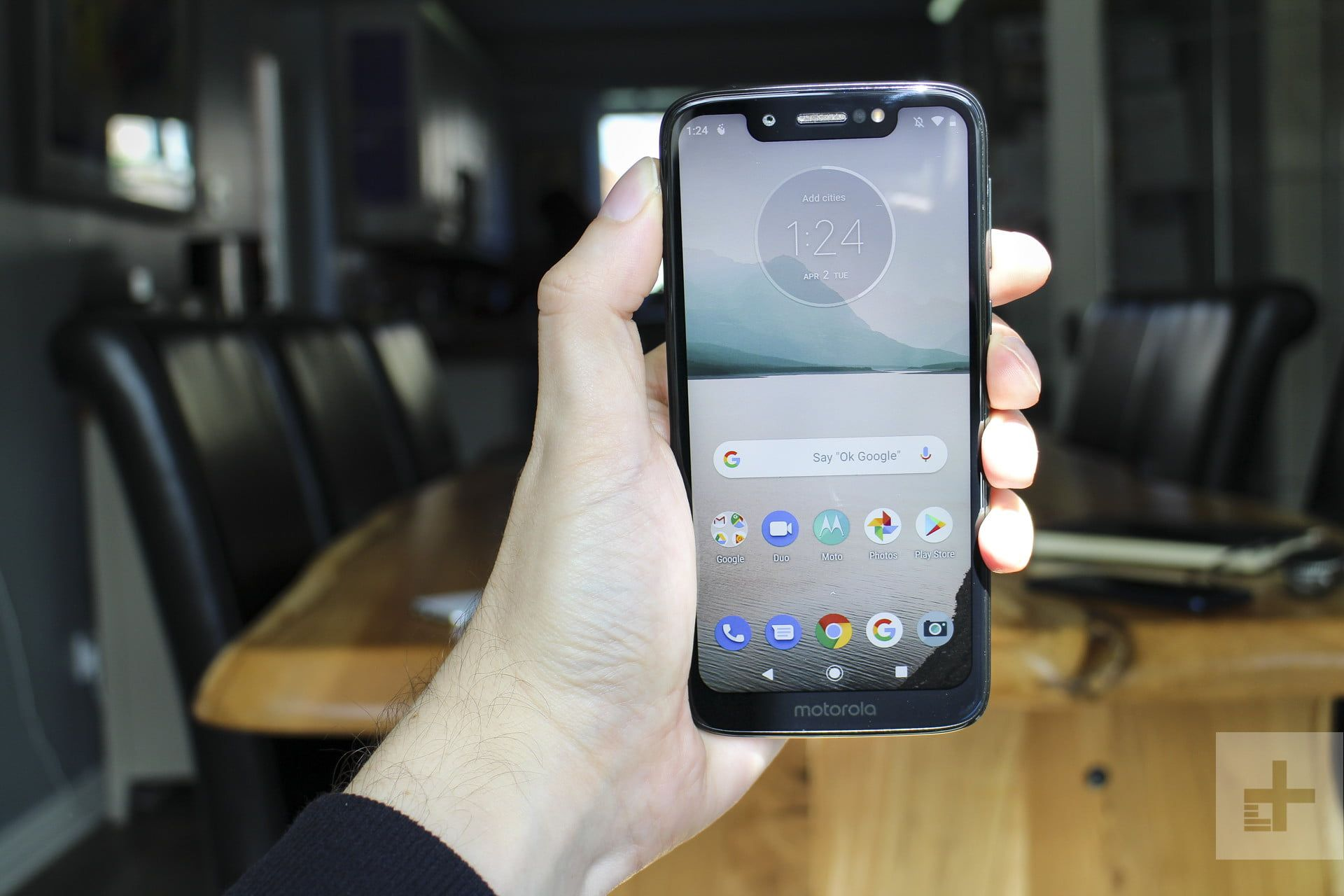 The Moto G7 Play Won T Dazzle But You Won T Find Anything Better For 200 Cell Phone Reviews Play Review Android One