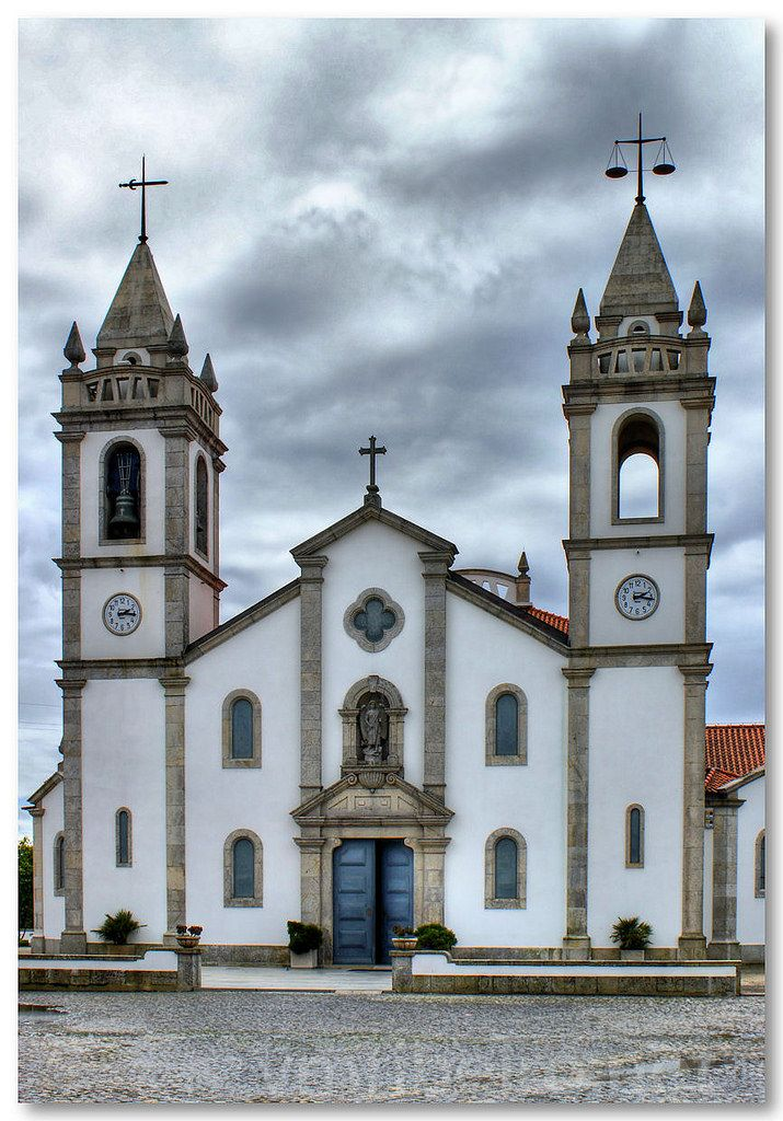 Igreja Paroquial de Apúlia