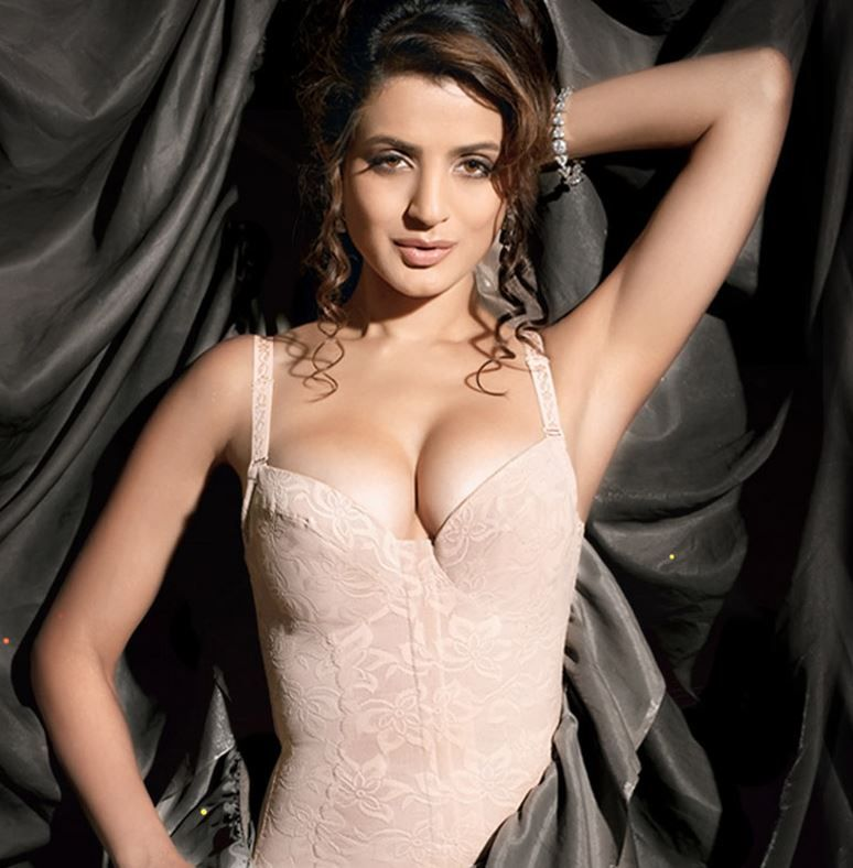 ameesha patel hamara photos