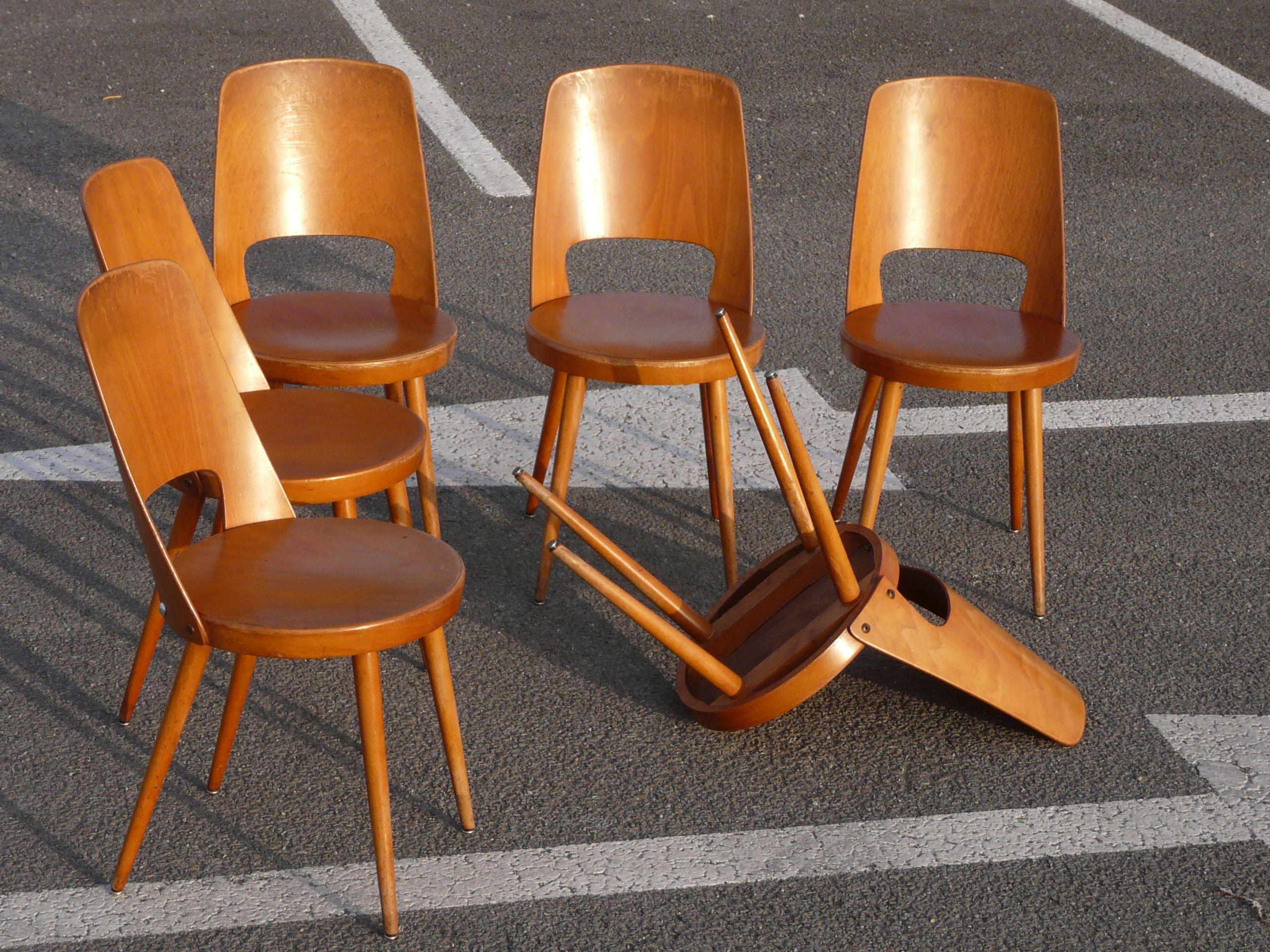 1000 images about chair chaises fauteuils on pinterest armchairs eames and pierre jeanneret - Chaise De Cuisine Retro