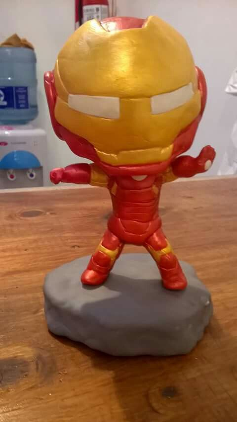 Iron man porcelana fría