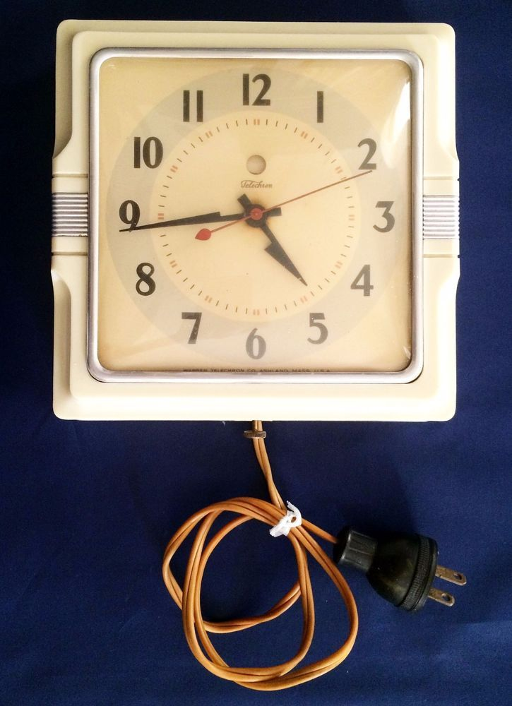 Vintage 1940\'s Telechron Electric Wall Clock \