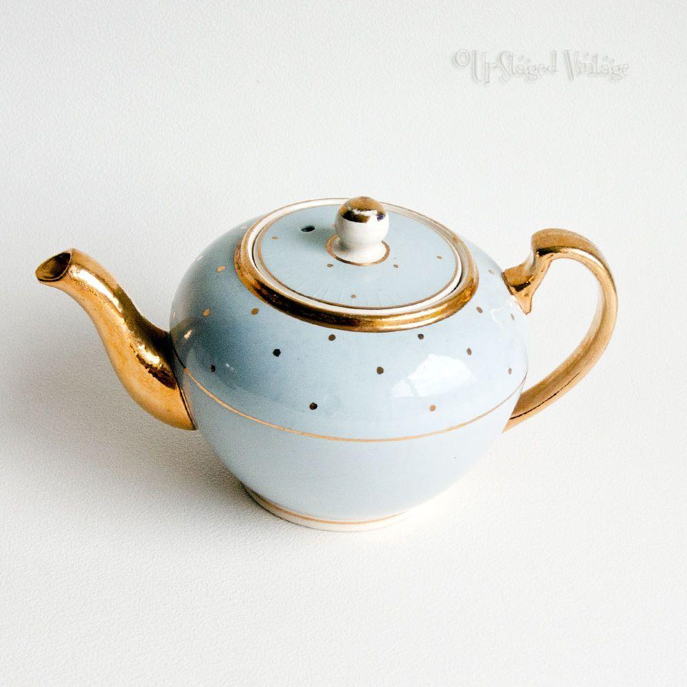 Vintage Retro 1950s 60s Baby Blue Gold Polka Dot Lingard Teapot Free Uk P P Tea Pots Gold Polka Dots Blue Gold