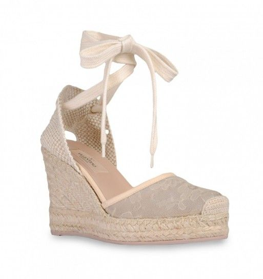 7954a232f1 Espadrillas alte beige Valentino | shoes in 2019 | Lace espadrilles ...