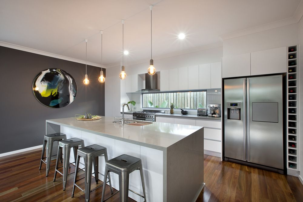 Polar white cabinets caesarstone oyster benchtops dulux for Kitchen paint colors dulux