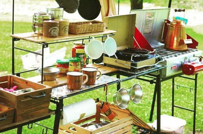 キャンプの難問 キッチン のレイアウトお手本特集 アウトドアキッチン キャンプ用キッチン キッチンのレイアウト