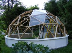 geodesek is cool whether out of glass or other materials but i like a hot geodesic dome greenhousegreenhouse - Dome Greenhouse Designs