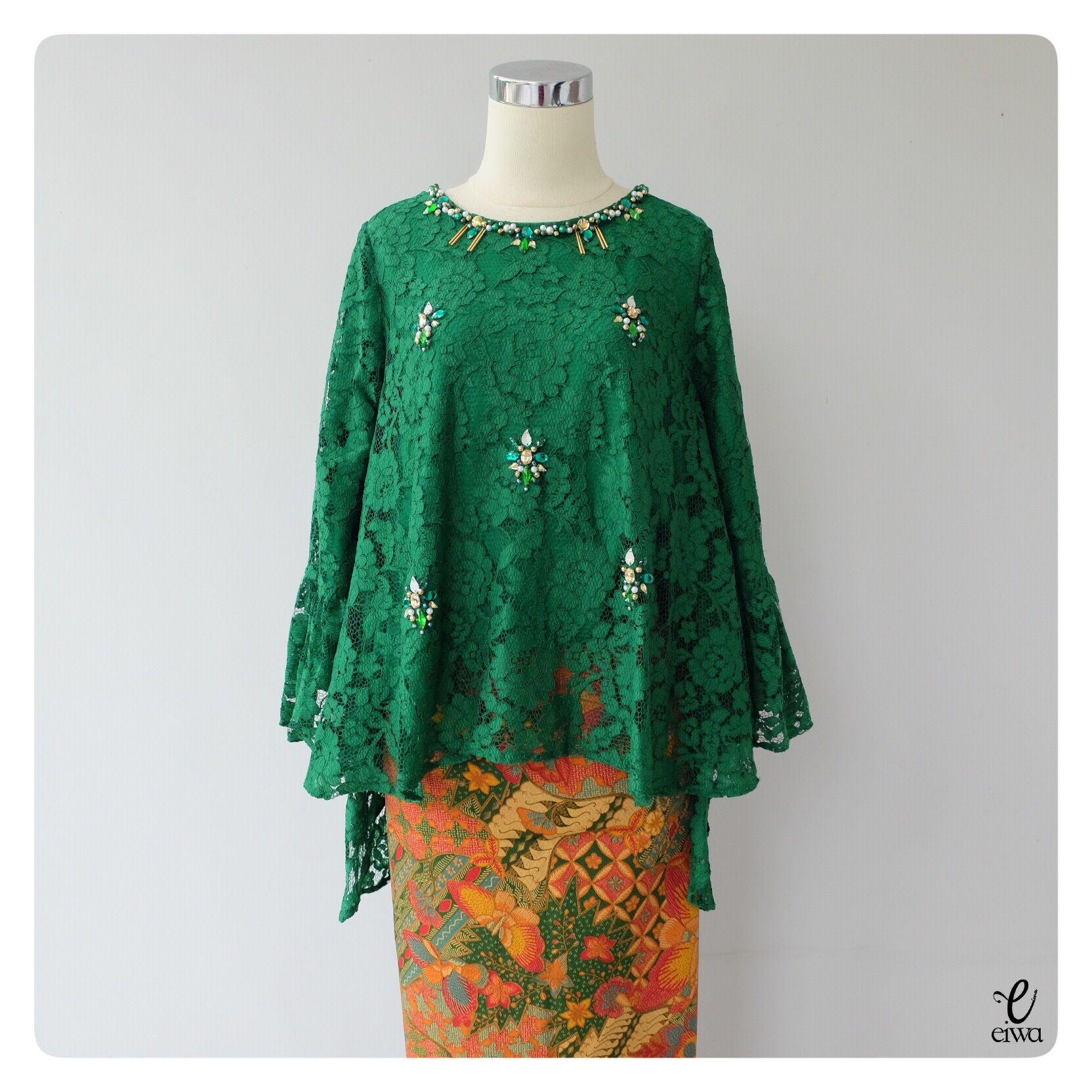 Simple long sleeve lace top kebaya modern indonesia brokat