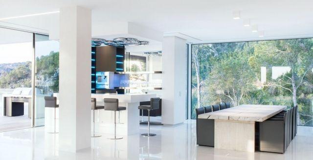 Luxus-Villa Wohnraum-Gestaltung-Essbereich raumhohe verglasung ...