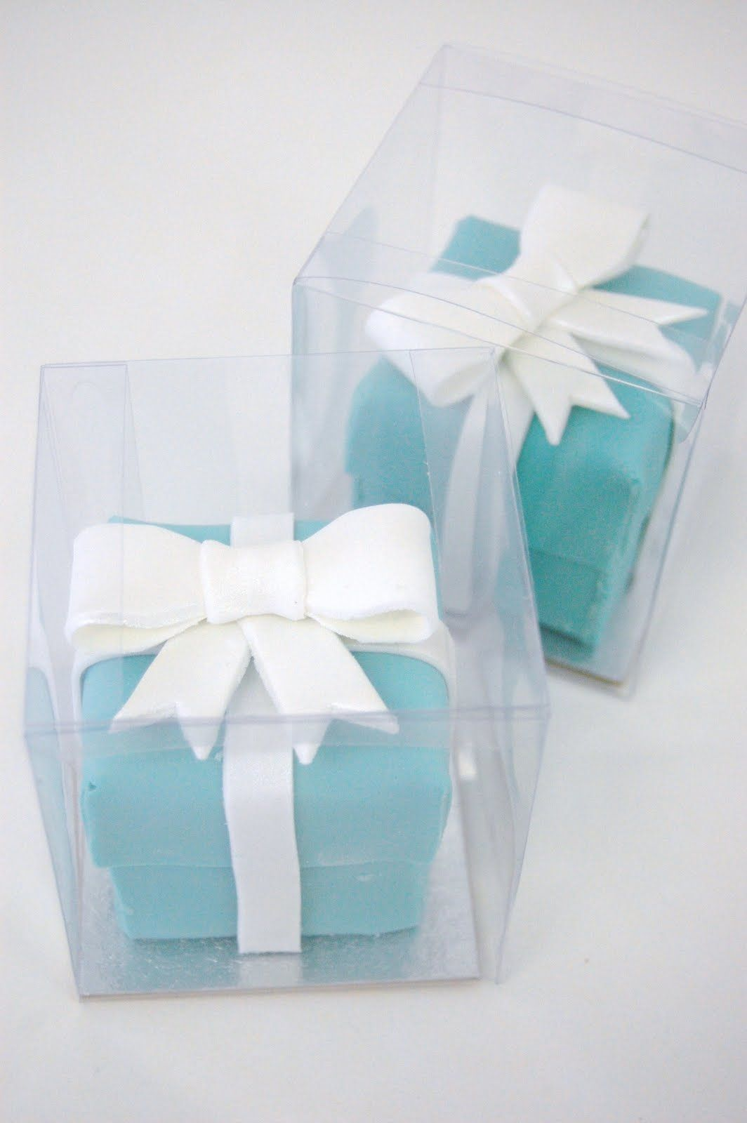 Tiffany Box cakes   Tiffany\'s Themed   Pinterest   Tiffany cakes ...