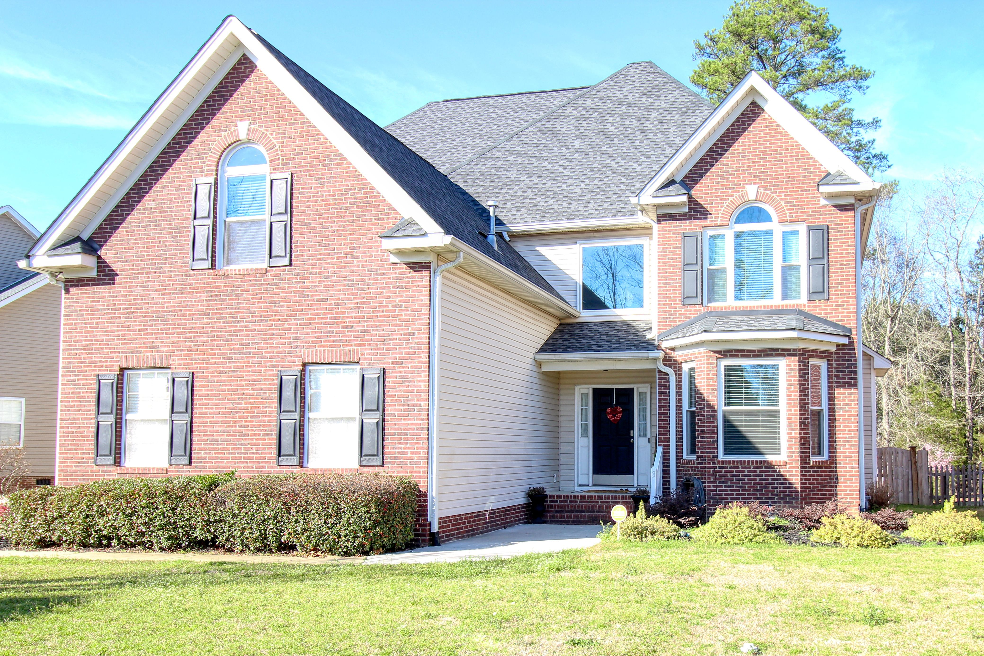 Great Home In Irmo For Sale 203 Whitewater Drive Irmo Outdoor Decor Whitewater
