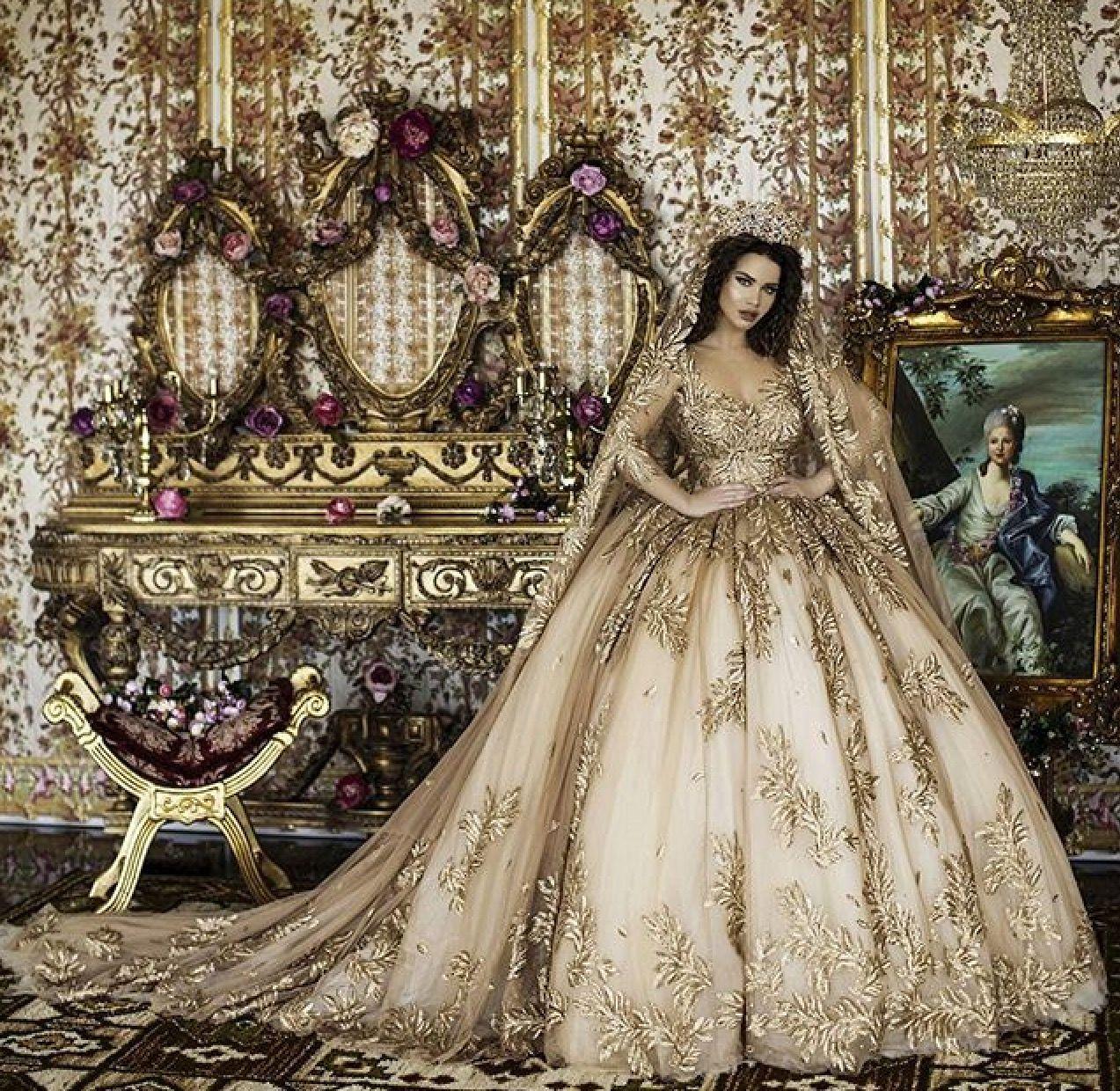 Pin by Ashleigh Wildman on dresses | Pinterest | Wedding dress ...