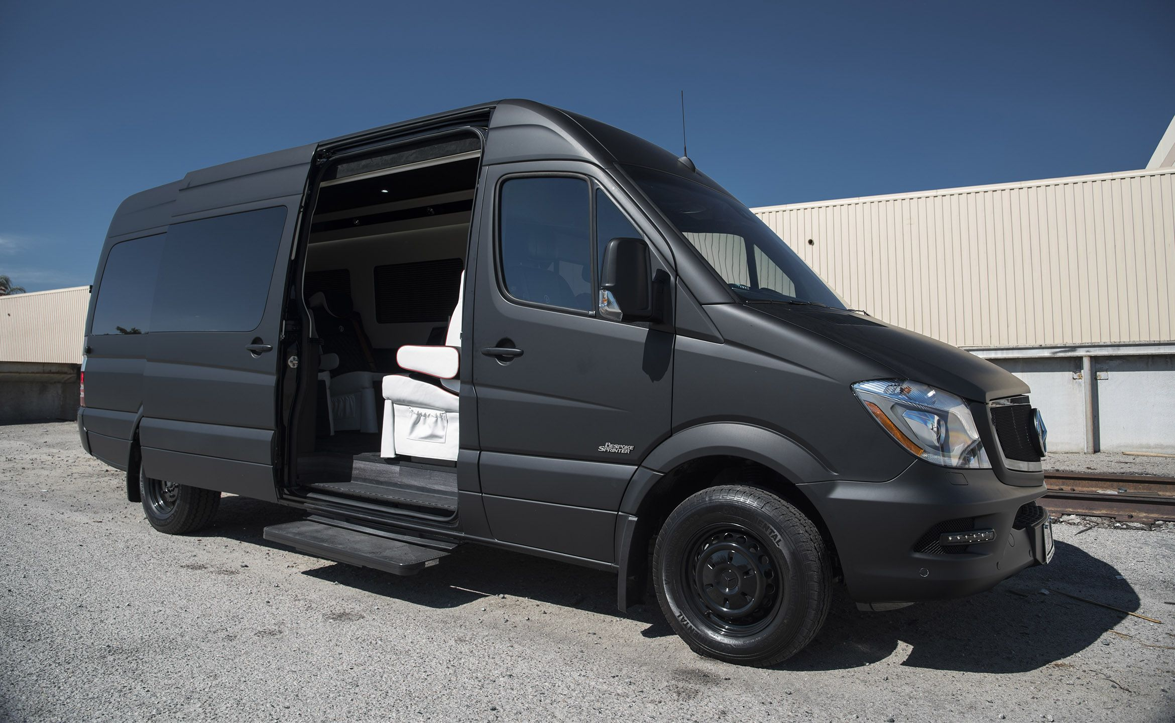 High roof executive coach custom interior mercedes benz for Mercedes benz sprinter conversion