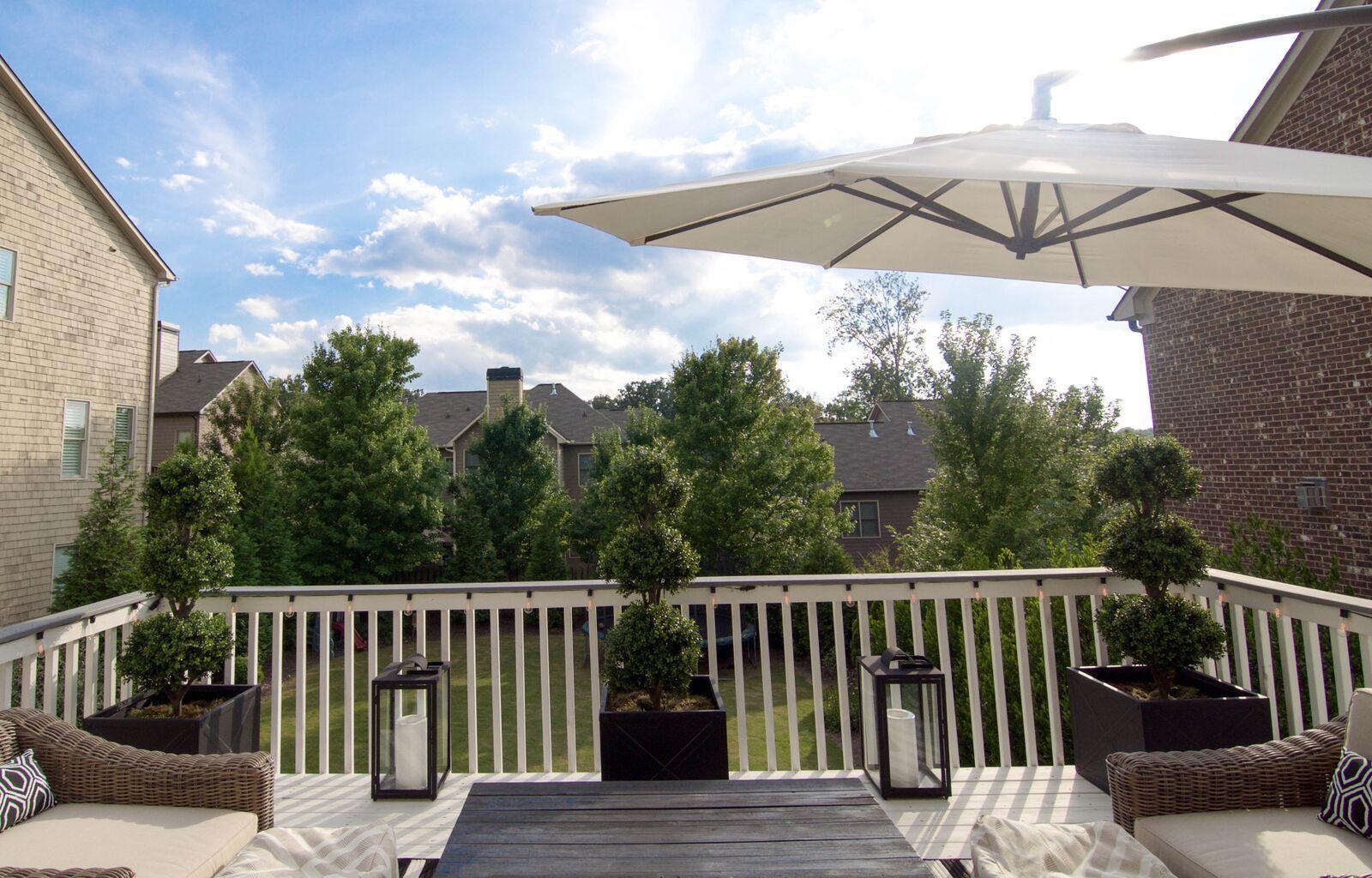 Outdoor Patio #outdoorspace #patiodecor #outdoorliving #southerliving # Southernpatio #patio #patioinsperation