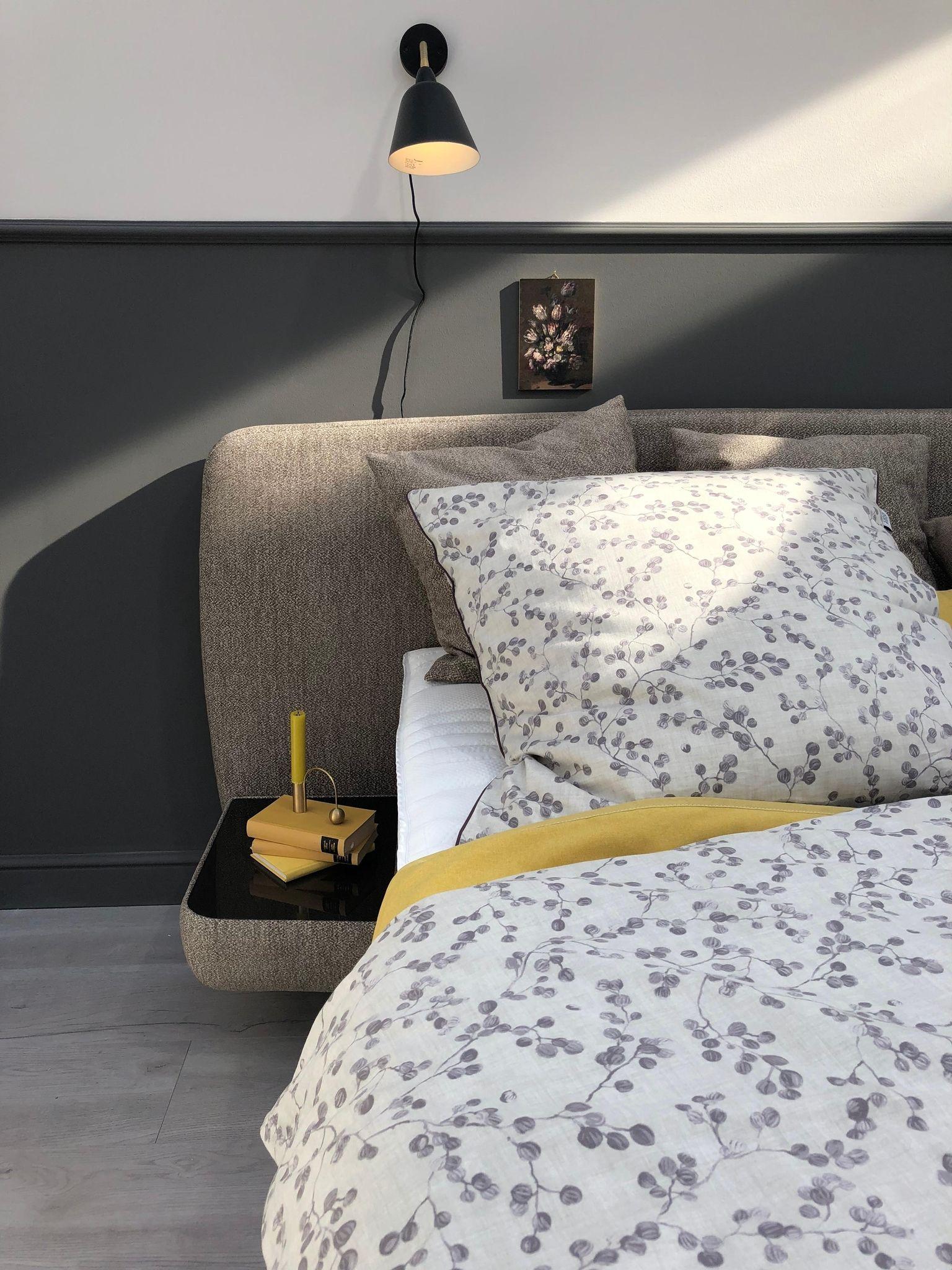 Schlafzimmer Bilder Möbel Für Die Wohlfühloase Schlafzimmer Bed