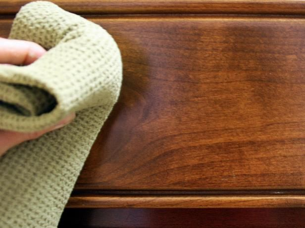 How To Clean A Wood Kitchen Table: HGTV Pictures U0026 Ideas