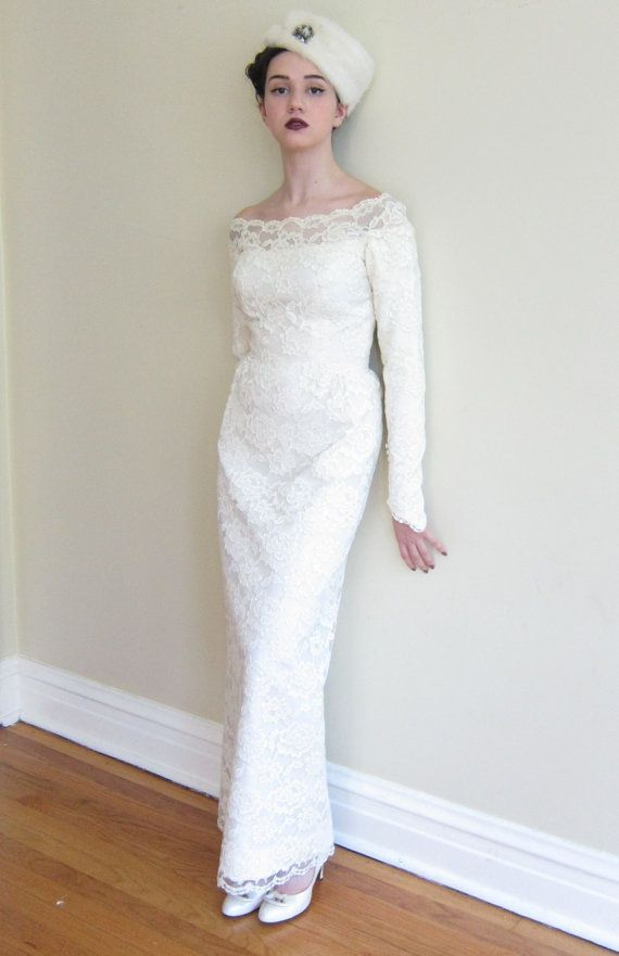 Vintage 1960s Wedding Dress in White Lace / 60s Bridal Gown with ...