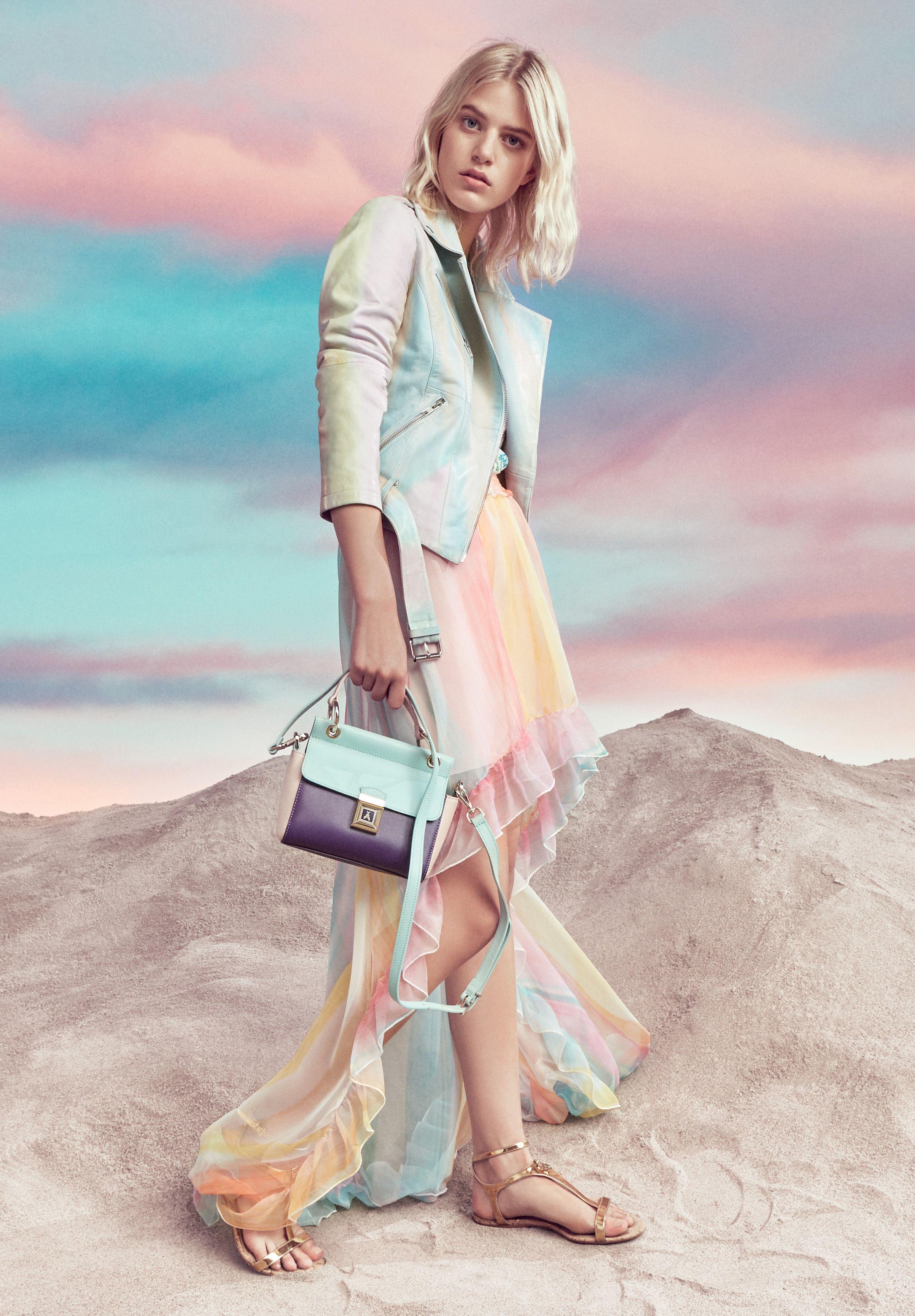 03f10550a2 Patrizia Pepe SS17 | Things to Wear | Pinterest | Pastel fashion ...