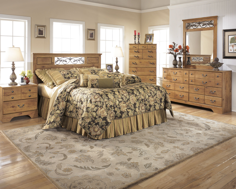 Replicated Rustic Pine Grainantique Color Hardware With Brass Fair Signature Design Bedroom Furniture Decorating Inspiration