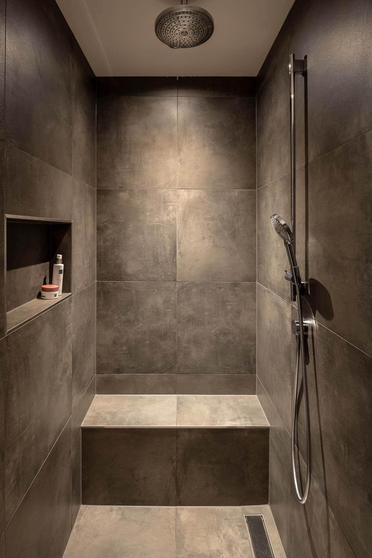 Badkamer Doorwerth - Regge Tegels & Vloeren #badkamerinspiratie