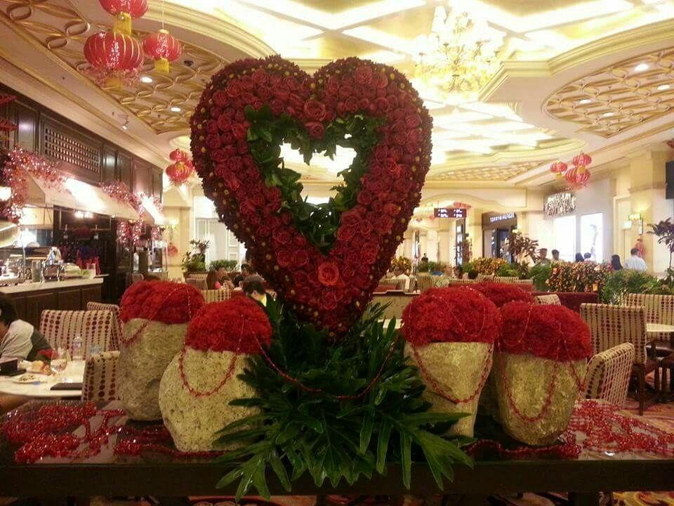 Valentines Day At Maxims Hotel Lobby Resorts World Manila