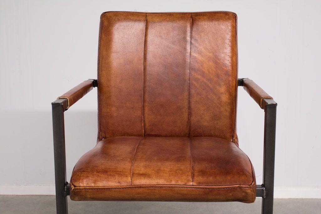 Stoel Metalen Frame : Mooie stiksels in echt leder deze stoel mag er zijn metalen