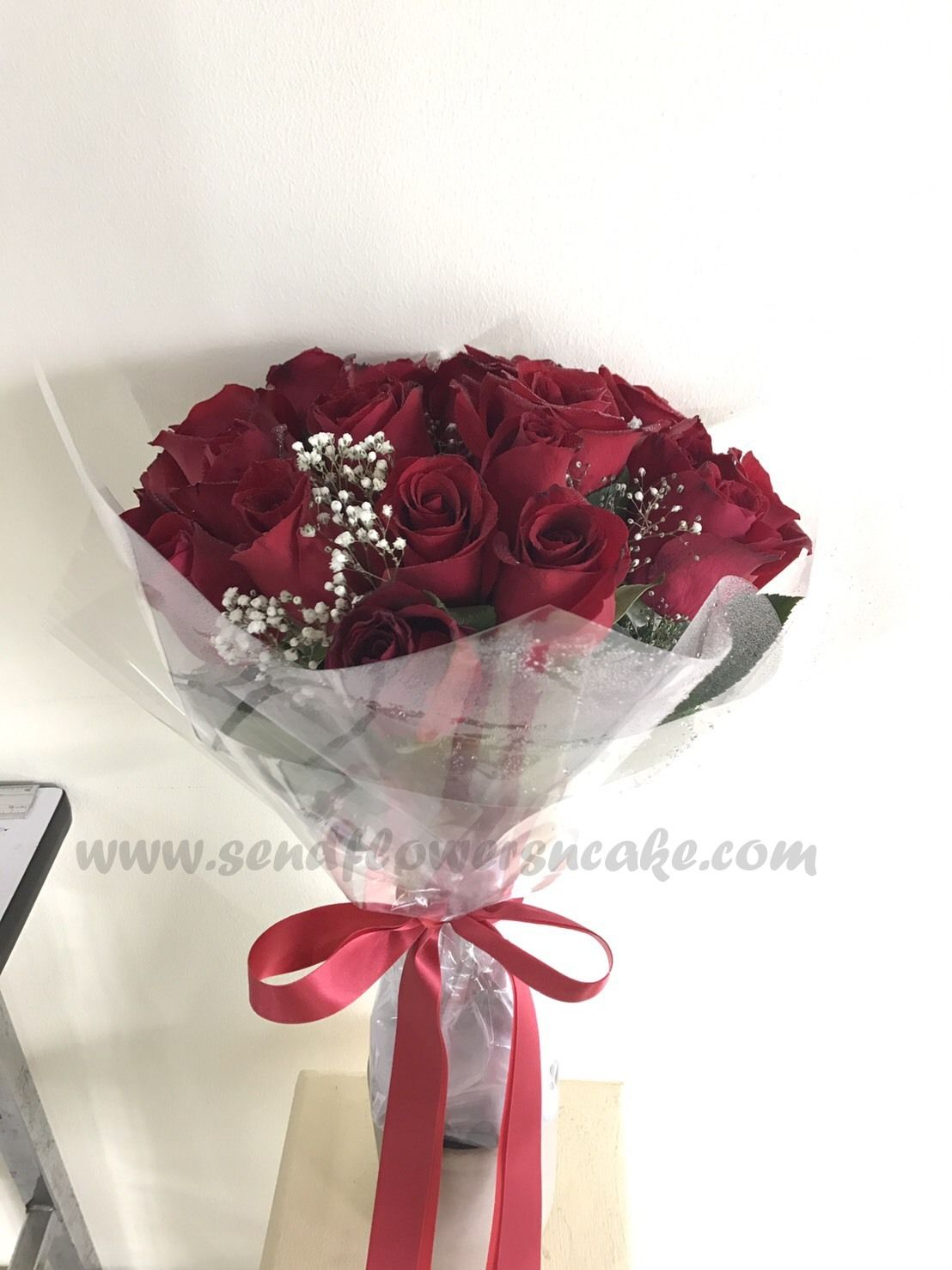 24 red roses bouquet delivered at bangkok,thailand by