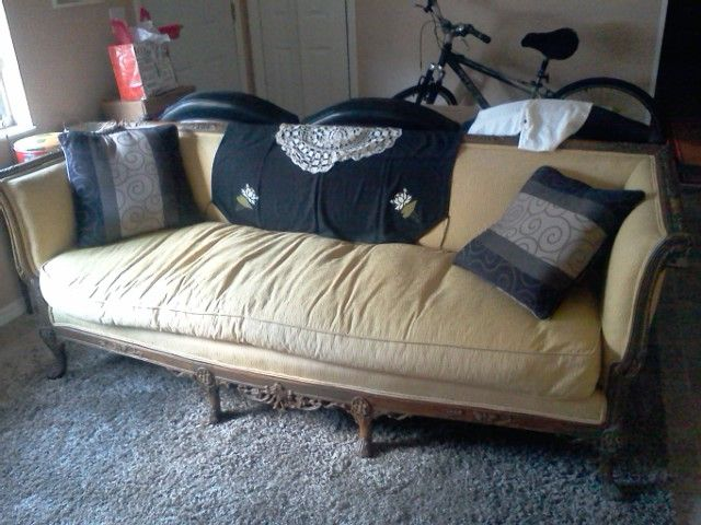 My 1930 S Couch With Images Couch Chaise Lounge Home Decor
