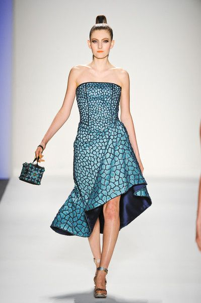 Joanna Mastroianni Spring 2014 ( to see more follow my Beautiful Gowns and Dresses board)