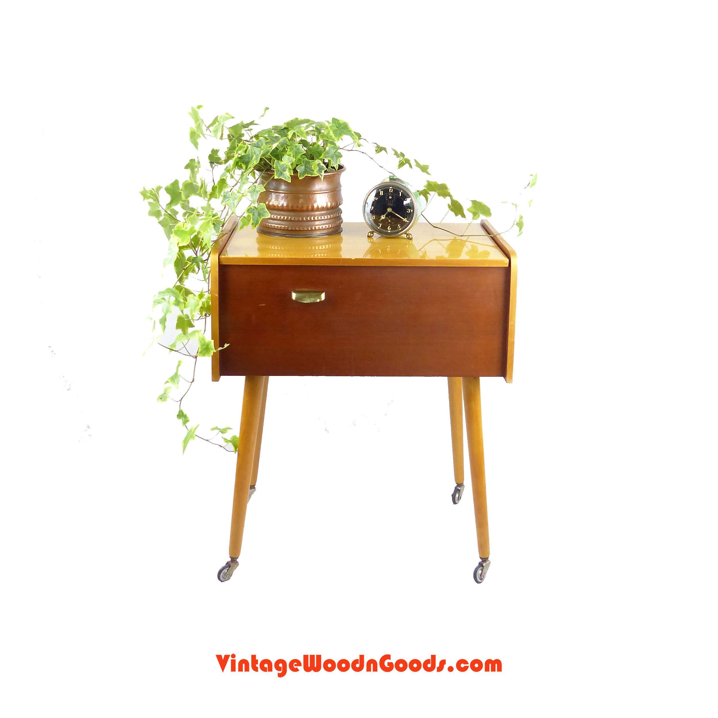 Vintage 60s wooden BICOLOR Side Table or SEWING BOX on feet whith wheels, midcentury Coffee Table, organizer jewelry box Knick Knack storage #knickknack Vintage 60s wooden BICOLOR Side Table or SEWING BOX on feet whith wheels, midcentury Coffee Table, organizer jewelry box Knick Knack storage by VintageWoodnGoods on Etsy #knickknack