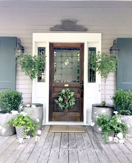 Spring into summer front porch ideas summer front for Front porch designs ideas