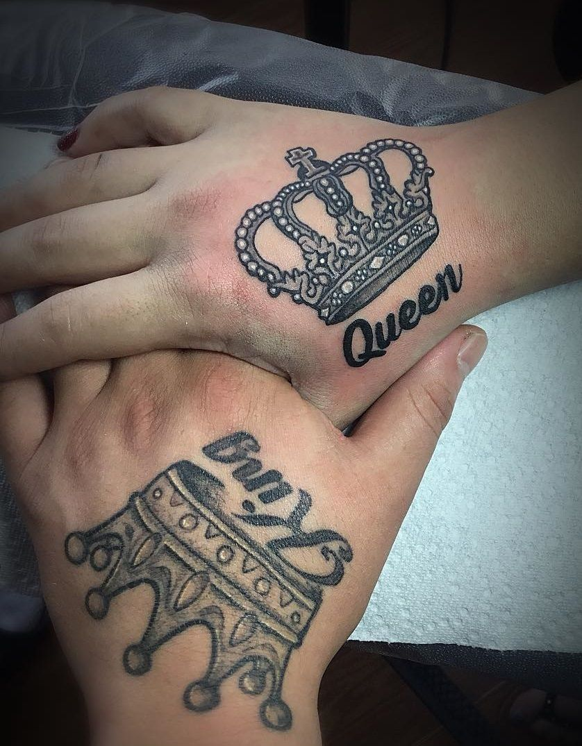 25 Beautiful Crown Tattoos Ideas To Show Royalty Blurmark Crown Tattoos For Women Crown Tattoo Queen Tattoo