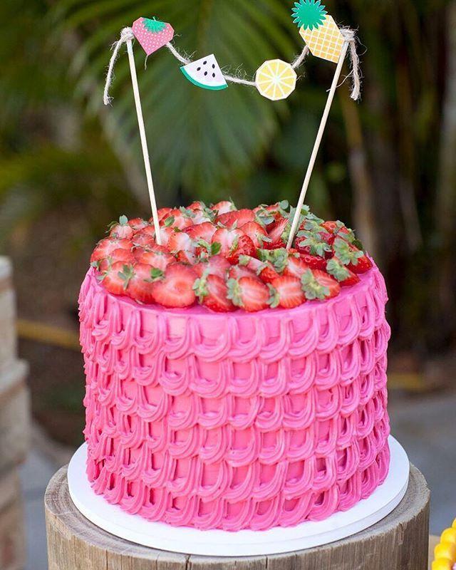 Não do conta desse bolo, muito amor @laspitangas  e dessa foto incrível da @quitandoca