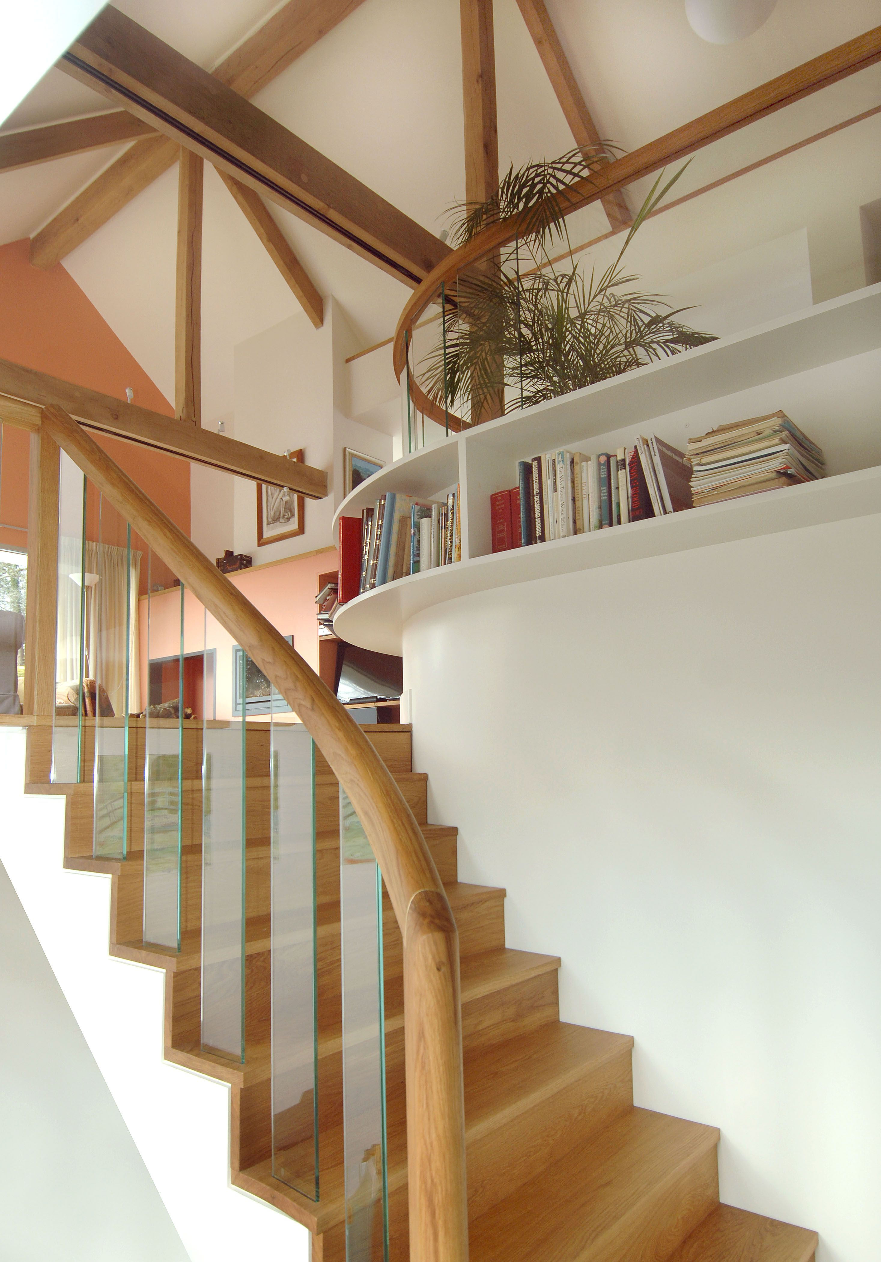 Best Curved Stair And Glass Balustrade Glass Balustrade 640 x 480