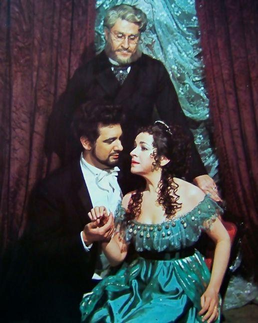 """Plácido Domingo (Alfredo), Sherrill Milnes (Germont) e Ileana Cotrubaş (Violetta) en """"La traviata"""""""