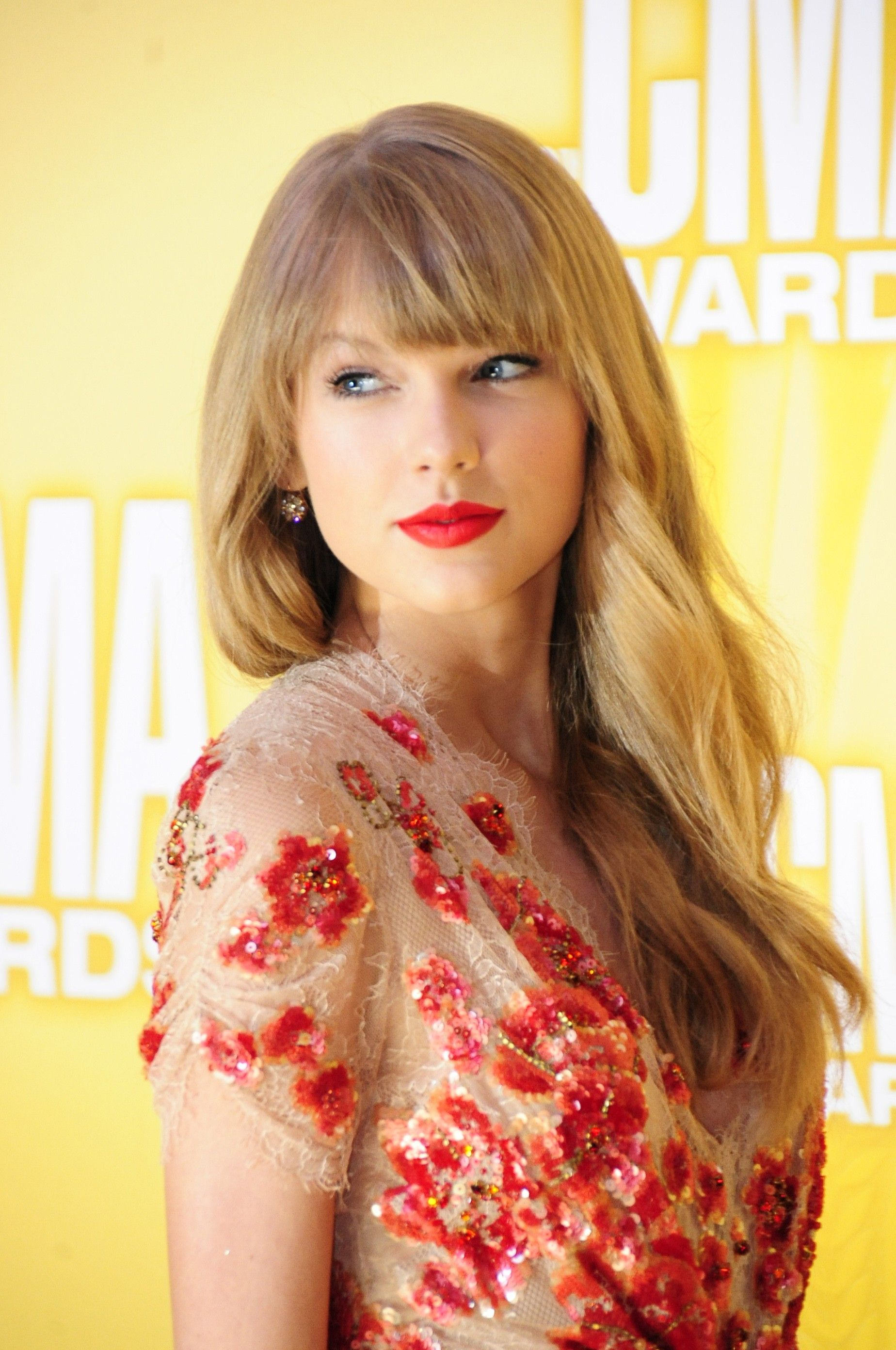 taylor swift hd wallpaper from gallsource | taylor swift