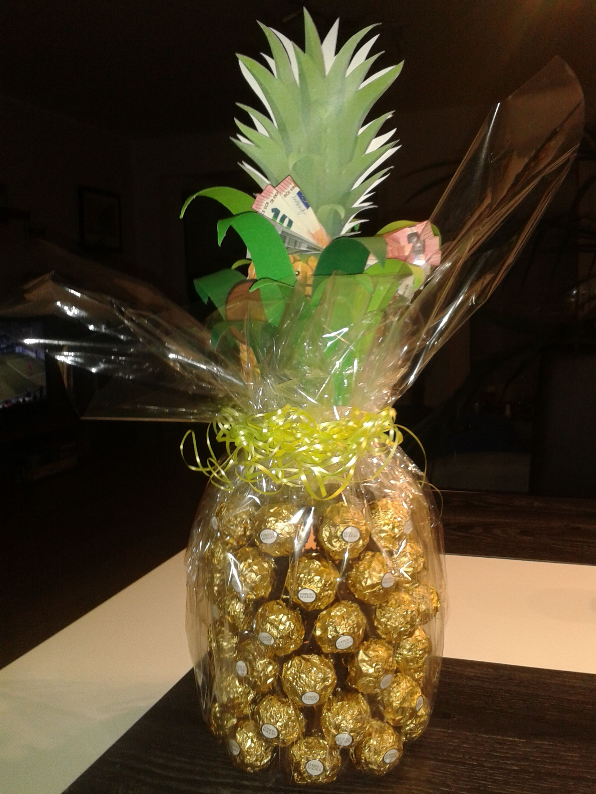 ananas sektflasche karte geldgeschenk geldgeschenk pinterest geldgeschenke geschenkideen. Black Bedroom Furniture Sets. Home Design Ideas